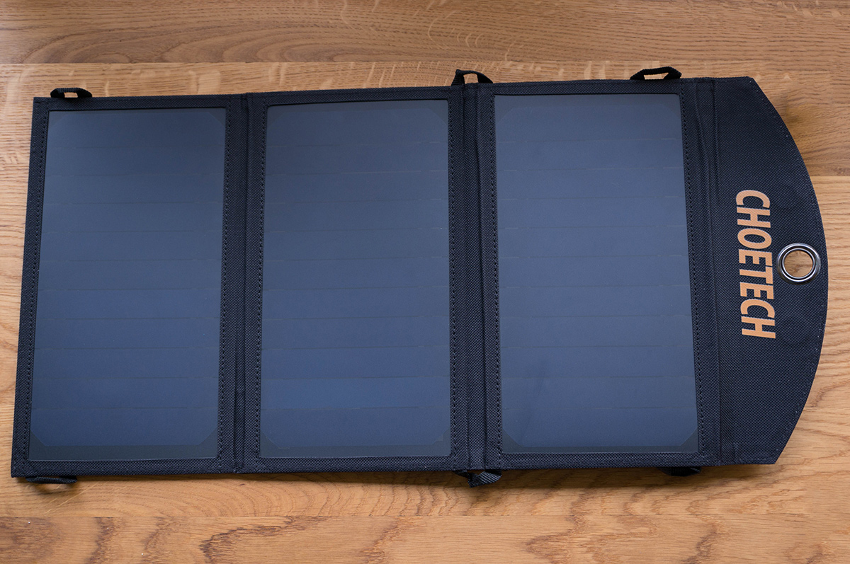 choetech-solar-charger-6