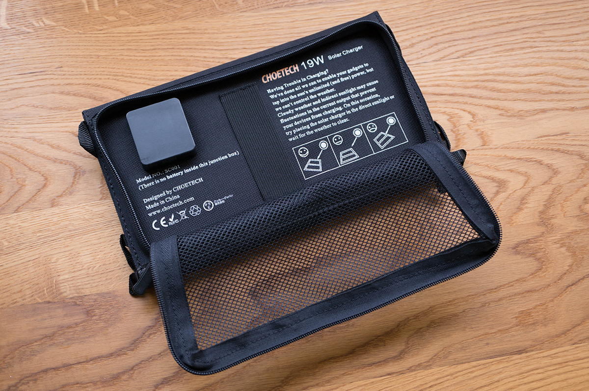 choetech-solar-charger-9