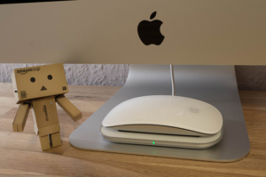 Mobee Magic Charger angeschaut: Apple Magic Mouse per Induktion laden