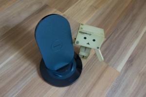 zens zedc01b angeschaut duales qi ladeger t f r zwei ger te. Black Bedroom Furniture Sets. Home Design Ideas