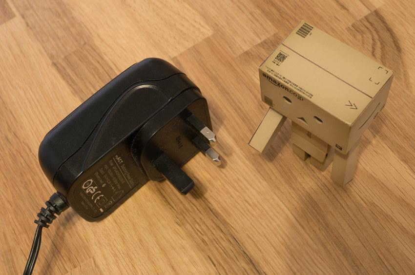 zens-qi-dual-charger-4